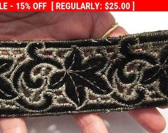 Antique Velvet Metallic Trim Embroidered Leaves