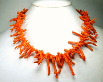 Salmon Branch Coral Necklace, Vintage Italian Stick Spiked Strand, 1960 UNDYED Polished Natural Frangia, 17 Inches, 43.18 Cm