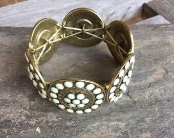 Bronze Gold Medallion Stretchy Bracelet White Inlay Beads Round Metal BoHo Bracelet Estate Jewelry