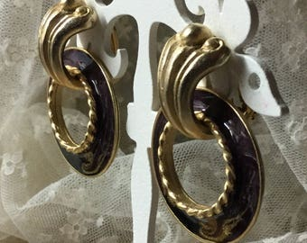 Dual Style Brown Enamel Gold Tone Door Knocker Earrings Unsigned Clip On 1980's Gold Flecked Swirls Rope Edge Cornice Style Tops Round