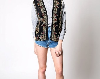 40% OFF The Vintage Black Red and Gold Beaded Knit Vest