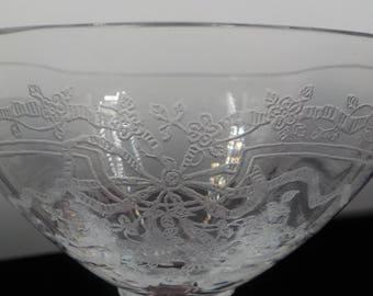 Vintage - Set of 5 - Champagne Glasses - Crystal - Stemware - Barware - Chic and Elegant - Etched