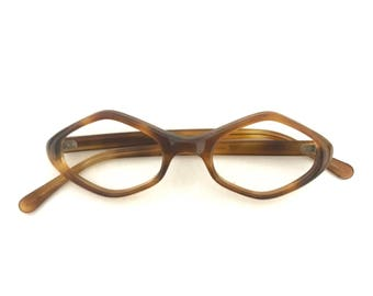 Parallellogram Diamond Cat Eye Glasses Vtg 70s Hep Mod MCM Faux Tortoise Horn Rimmed Eyeglasses Expanded Cats Sunglasses