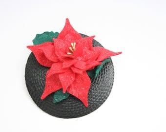 Poinsettia fascinator - vintage style accessory - christmas fascinator - christmas party accessory - mini christmas hat - Christmas hair