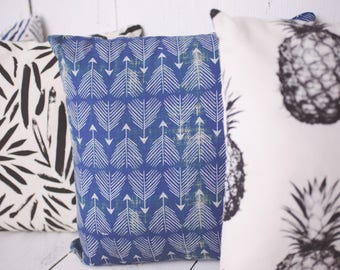 "Boho Arrows in Blue / Modern Tropical  / 18"" x 18"" Pillow Cover - High quality zippered pillow cover"