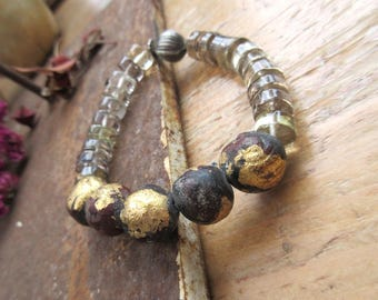 A bracelet both ethnic and contemporary with precious beads: Freshness Of The Sources ....