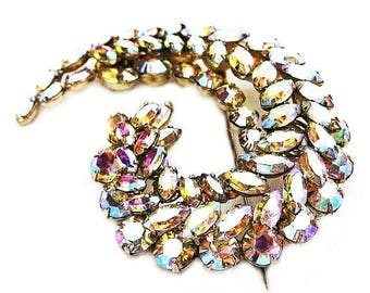 Sherman Large Gracefully Curved Brooch