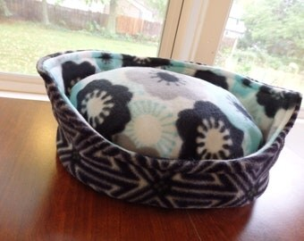 Guinea pig bed, Soft Fleece Bed, Cuddle cup, Guinea Pig bed, Hedgehog bed, pet beds, kitty bed, small pet beds
