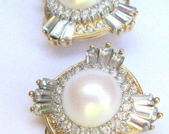 Vintage Dorlan Signed Crystal & Pearl Clip Earrings from Bonwit Teller