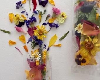 Wedding Confetti, Dried Flowers, Dry Rose Petals, Aisle Decor, Petal Confetti, Flower Girl, Biodegradable, Centerpiece, 2 Wedding Favors