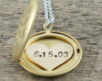 Personalized Necklace, Gold Locket Necklace, Custom Date Necklace, Anniversary Locket, New Mom Gift, Wedding Date Necklace