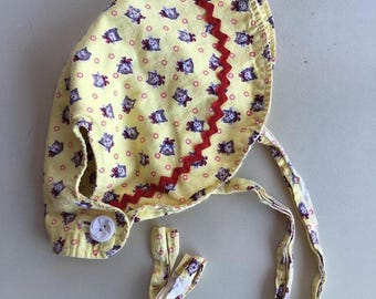 Sweet vintage infant kitten sun bonnet 6-12m