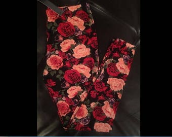 One Size 2-12 Red Pink Roses Buttery Soft Leggings