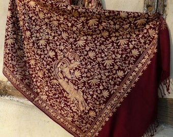 "Elegant  Burgundy/Apricot Pashmina Shawl/Stole made from cashmere Goats wool from Ladakh. Soft and Luxurious . 80 x 27""."