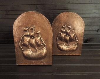 Metal Bookends Ship Nautical Design Bookend Book Holder -Den Office Library Man Cave Coastal Home Decor