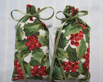 "Christmas Green 4""X2"" Sachet-'Frosted Peak Tops' Fragrance-Red Holly/Hollyberries Metallic Holiday Sachet-Cotton Sachet-Cindy's Loft-440"