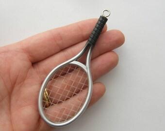 1 Tennis racket  pendant acrylic silver and black tone SP22