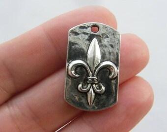 4 Fleur de lis charms antique silver tone WT82