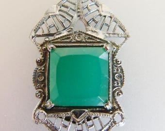 ON SALE Beautiful Vintage Deco Era Green Glass Silver Filigree Necklace