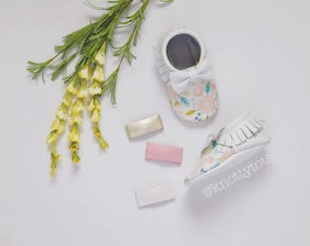 White Leather and Floral Moccasins for babies and toddlers