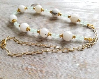 White and Gold Necklace - White Jade Necklace - White Stone Necklace - Necklace for Bride - Aventurine Necklace - Jade Necklace