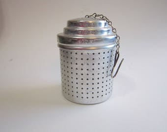 vintage metal tea steeper, vintage aluminum infuser - loose tea strainer - cylindrical steeper with chain and hook - 2.25 x 3 inches