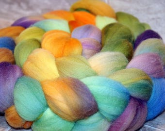 Merino, 64's Wool Fiber,approx 5oz, American grown, Nebula One, hand dyed soft merino roving for spinning and felting