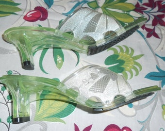Lucite Shoes Jelly Shoes Size 7 Open Toe Slip On Shoes Clear Lucite Heel White Stag Summer Shoes Sandals