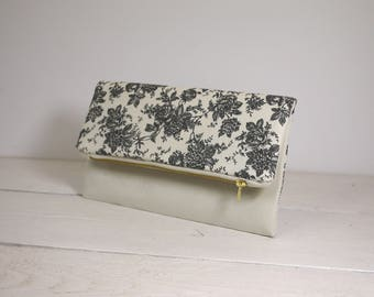 Flowers fold over clutch | Ivory and black flower clutch | Bridesmaid purse gift