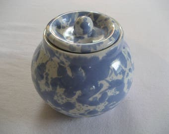 Bennington Pottery Morning Glory Blue spatter pattern covered sugar jar
