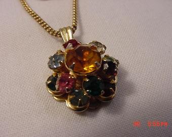 Vintage Rhinestone Pendant Necklace   17 - 742