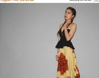 On SALE 35% Off - Vintage  1960s Tribal Hippie Ethnic Dhashiki Cotton Circle Festival Skirt  - Vintage Ethnic  Skirts - Vintage Knee Length