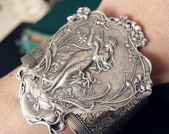 Xanthe-- Vintage woman goddess sterling silver plated brass sturdy cuff/bangle V068