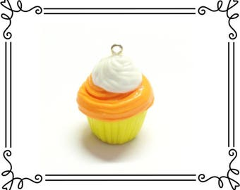 Cold Porcelain Clay Candy Corn Cupcake Charm, Halloween Cupcake Pendant, Candy Corn Purse Charm /DIY Halloween Necklace, Food Jewelry