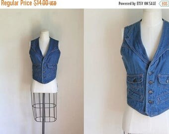 20% off SALE 50 Percent OFF...last call // vintage 1970s denim vest - SULTRA blue cotton denim vest / L