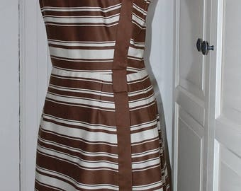 ON SALE 50s 60s Dress, Pat Premo, Fit & Flare, Stripes, Chocolate and White, Designer, Size M/L