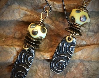 Artisan earring #21....Spiral design earrings with hand made torch work beads by Wayne Robbins