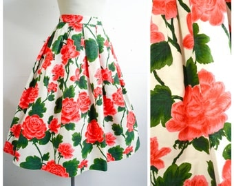 1950s 60s White pink green rose print cotton day skirt / 1960s 50s floral printed coral pleated st Michaels skirt - XS S