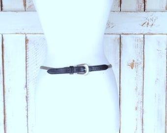 Vintage silver mesh metal/black leather skinny statement belt/silver stretch metal link belt/festival belt/medium
