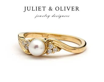 Pearl Engagement ring - Pearl Ring With Diamonds - Pearl And Diamond Ring - Diamond Pearl Ring - Pearl Diamond Ring - Yellow Gold Pearl Ring