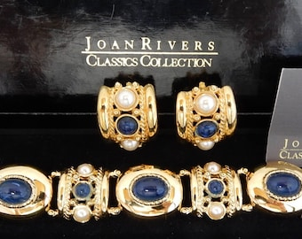 JOAN RIVERS Signed Sapphire Blue Cabochon & Pearl Link Bracelet and Earrings Set NOS   OCA19