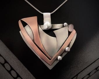 Pendant in silver and copper