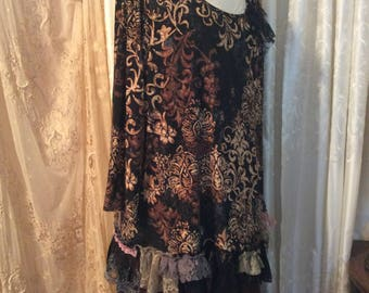 3X Large, Black Brown Top, altered top, upcycled altered clothing, black brown bohemian stretch pullover shirt, gypsy clothes, lace hemline