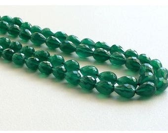 ON SALE 55% Green Onyx Beads - Micro Faceted Tear Drop, Emerald Green Onyx - Faceted Gemstones, Original Green Onyx