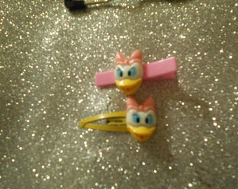 Disney Daisy Duck flat back with choice of clip #5023