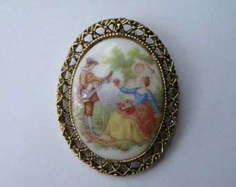 Gemex reproduction of famous painted porcelains brooch pendant.