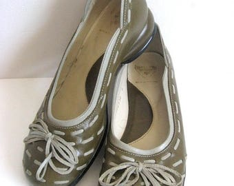 50OFF Event 90s John FLUEVOG Vintage Shoes Green Gray Leather 1990s Flat Slip On Shoes 6