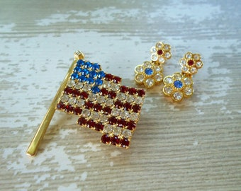 Vintage Rhinestone American Flag brooch and earrings Patriotic red white blue July 4th jewelry