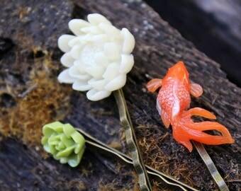 Gold Fish Bobby Pin Set
