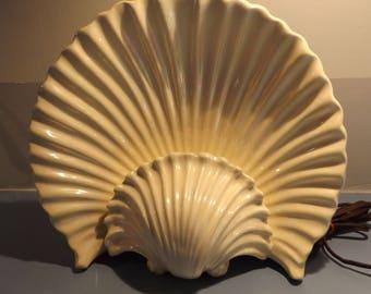 Vintage Maddux lamp, Vintage Coastal decor, Maddux pottery, Sea shell, Vintage lamp. Tropical decor, light